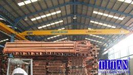 เครนเหนือศีรษะ แบบคานเดี่ยว น้ำหนักยก 5 ตัน กว้าง 21 เมตร ยกสูง 10 เมตร รางวิ่ง 162 เมตร