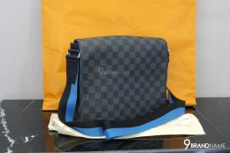 Louis Vuitton District PM Damier Graphite