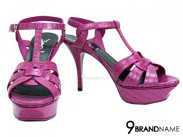 Saint Laurent High-Heel Shoes Pink Size 36.5 - Authentic รองเท้า ยิปแซงส้นสูง เซนรอเร้นท์  ไซส์ 36.5 สูง 5นิ้ว ลายหนังจรเข้สวย สีชมพูเงาหรูมากๆคะ มีเสริมด้านหน้าทำให้เดินได้สบาย ไม่ปวดเท้า คนเท้าไซส์ 37 สามารถใส่ได้นะคะ สายรัดส้นปรับขนาดได้คะ
