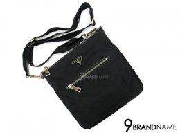 Prada Messenger Bag Tessuto Black SHW - Used Authentic Bag กระเป๋า พราด้า ผ้าร่ม ครอสบอดี้ ใบเล็ก ทรงแบน น้ำหนักเบา ใช้งานสะดวก สายปรับสั้นยาวได้ ของแท้ มืองสอง สภาพดีค่ะ