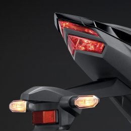 2021 All New Honda CBR150R ปรับโฉมใหม่ ใส่ไฟหน้าแบบ CBR250RR ให้ลุคสปอร์ต ดุดันมากกว่าเดิม