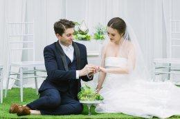 จัดงานหมั้น งานแต่ง แบบเรียบง่าย แขกน้อย ไม่เกิน 20 ท่าน