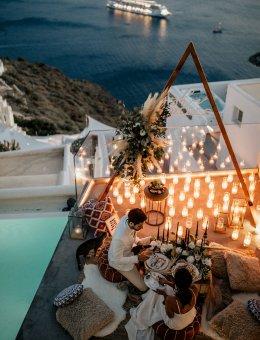 งานแต่งเล็กๆ ที่ Santorini