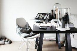 เพิ่มความสุขในการทำงาน ด้วยโต๊ะของคุณ