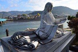 """""""เกนจิ"""" นิยายก้องโลกอายุ 1,000 ปี ในอดีตถูกตีตราว่าคือ """"นิยายไร้ค่า"""""""