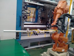 Gripper for Plastic injection