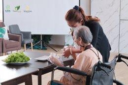 กิจกรรม ขนมปังแซนด์วิชทูน่าสำหรับผู้สูงวัย - รพ.ผู้สูงอายุ Chersery Home