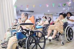 กิจกรรมบำบัดสำหรับผู้สูงวัย - พระวิทยากร พระมหาสมปอง ตาลปุตฺโต ❘ The Senizens & Chersery Home