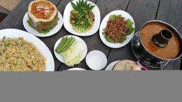 ร้านเรือนร่มไทร ฉะเชิงเทรา อาหารไทย มีเมนูเจ ใกล้หลวงพ่อโสธร
