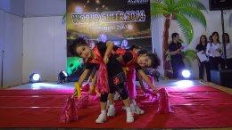 การประกวด'' Asawann Wold cheer 2014''