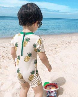 ชุดว่ายน้ำ สัปปะรด ( เซ็ต 2 ชิ้นชุด+หมวก)