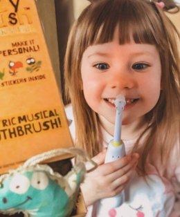 แปรงสีฟันไฟฟ้า Buzzy Electric Toothbrush