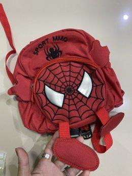 เป้จูง spiderman