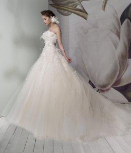 Fashion.. poetic blossom