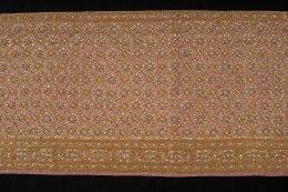 สไบผ้าโบราณแท้ปัก ลายอมินตรา ห่มชายเดียว