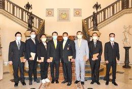 AJA และกลุ่มบริษัทในเครือได้เข้าพบ ฯพณฯ พลเอกประยุทธ์ จันทร์โอชา นายกรัฐมนตรีฯ เพื่อมอบอุปกรณ์ป้องกันโควิด