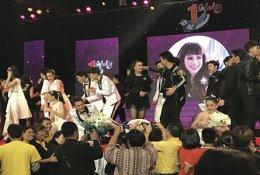 AJ สนับสนุนโครงการ To Be No. 1 Idols 9