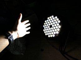 Set 6 เช่าไฟ Par LED แบบแสงขาว