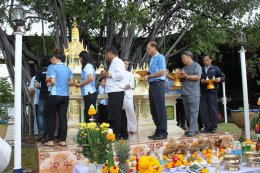 The ceremony of establishing the Phra Phum Shrine
