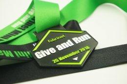 เหรียญรางวัลวิ่ง Give and Run