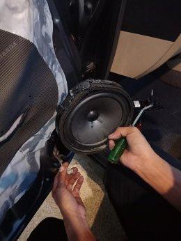 HONDA CIVIC FD ติดตั้งเครื่องเสียงรถยนต์ 2 Din รุ่น MCX2569