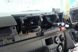 TOYOTA COMMUTER ติดตั้งเครื่องเสียง 2Din HG-040 ตรงรุ่นไม่ต้องตัดต่อสาย