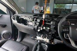 TOYOTA REVO ติดตั้ง จอ 10.1 นิ้ว  เครื่องเสียงรถยนต์ 2 din ใหญ่สะใจ