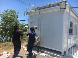 ติดตั้ง Solar Hybrid Airconditioner บนตู้คอนเทนเนอร์