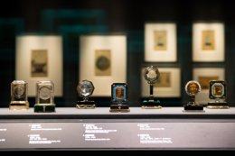 นิทรรศการก้าวข้ามขอบเขต: หัตถศิลป์และการบูรณะของคาร์เทียร์และพิพิธภัณฑ์พระราชวัง
