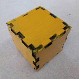 กล่องลูกบาศก์ ขนาด 4x4x4 cm สีเหลือง