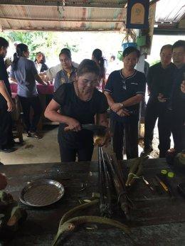 นายกลินท์ สารสิน ประธานกรรมการหอการค้าไทย เข้าเยี่ยมชมวิสาหกิจชุมชน และหมู่บ้าน จังหวัดฉะเชิงเทรา