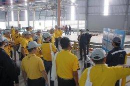 ประธานหอการค้านำคณะบริหารระดับสูง NIDA เยี่ยมชมโรงผลิตรถยนต์ไฟฟ้า