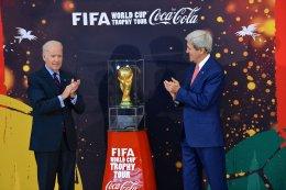 ถ้วยฟุตบอลโลกหรือถ้วยรางวัลฟีฟ่าเวิลด์คัพ