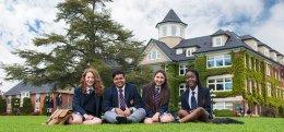St Michaels University School โรงเรียนมัธยม มีหอพัก เเคนาดา