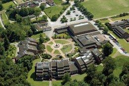 ACS_International_schools_cobham_surrey_UK_เรียนมัธยมในอังกฤษ_โรงเรียนมัธยมอังกฤษ