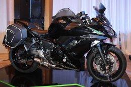 คาวาซากิ เปิดตัวรถจักรยานยนต์สายพันธุ์สปอร์ต 3 โมเดลล่าสุด