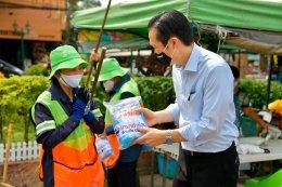 """""""ยามาฮ่า"""" ใส่ใจห่วงใย ร่วมสนับสนุนอุปกรณ์ป้องกันไวรัสส่วนบุคคล 1,000 ชุดแก่ พนักงานเก็บขยะและพนักงานกวาดถนน"""