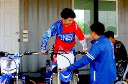 """""""โค้ชตั้น"""" จัดเทรนนิ่งทางฝุ่น เสริมแกร่ง ดาวรุ่งค่ายยามาฮ่า ล่าแชมป์ประเทศไทย"""