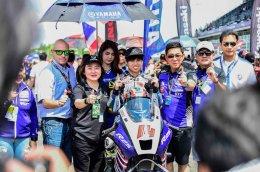 นักบิดไทยทีมยามาฮ่าหัวใจสุดแกร่ง..!!! เดชา – อนุภาพ กระชากคันเร่ง R-Series ยืนโพเดี้ยมเรซ 2 ได้สำเร็จ