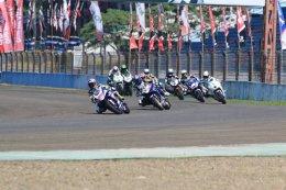 แสตมป์-อภิวัฒน์ โชว์ฟอร์มร้อนแรงทะยานคว้าชัยรุ่น 250 cc. ขยับเข้าใกล้แชมป์เอเชีย