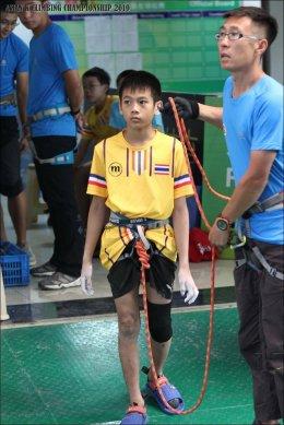 """""""ออซซี่-อัศวิน"""" นักกีฬาเยาวชนปีนผาทีมชาติไทย เตรียมลงแข่งขัน 2 รายการใหญ่ ที่เมืองนาโกย่า ประเทศญี่ปุ่น"""