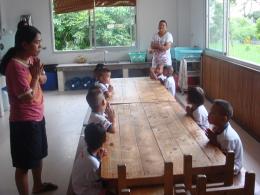 กิจกรรมเพื่อสังคมของบริษัท 0001 เลี้ยงอาหารเด็กกำพร้า 17-2-52