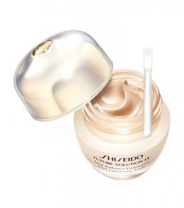 SHISEIDO FUTURE SOLUTION LX Total Radiance Foundation SPF 15 30 ml #NATURAL FAIR OCHRE O40