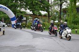"""ซูซูกิชวนลูกค้าร่วม """"ชม เชียร์ ชิล""""  Team Suzuki Ecstar ในศึก MotoGP 2019"""