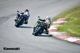 Kawasaki Superchrager Test Riding  Review ฟิลลิ่งการขับขี่ในรูปแบบสนาม