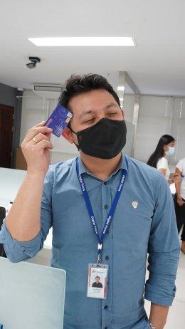 มอบบัตรประกันโควิดสำหรับพนักงาน