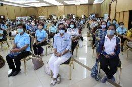 มูลนิธิต่อต้านการทุจริต สมาชิกรัฐสภา และเทศบาลนครนนทบุรี จัดโครงการพัฒนาชุมชนและเยาวชนช่อสะอาดรักษ์ประชาธิปไตย