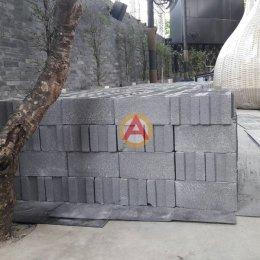 อิฐบล็อกหนา 19 ซม. หน้างาน THE PIMP CLUB BANGKOK เขตวังทองหลาง กทม.