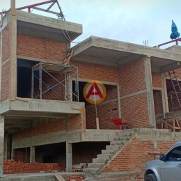 อิฐแดง 4 รู ใหญ่ หน้างาน บ้านคุณปรีชา อ.พานทอง จ.ชลบุรี