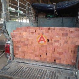 อิฐโชว์เรียบ ขนาด 6x5x16 ซม. หน้างาน จ.กำแพงเพชร